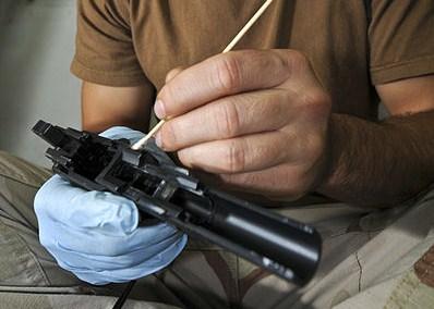 gun-cleaning-swabs